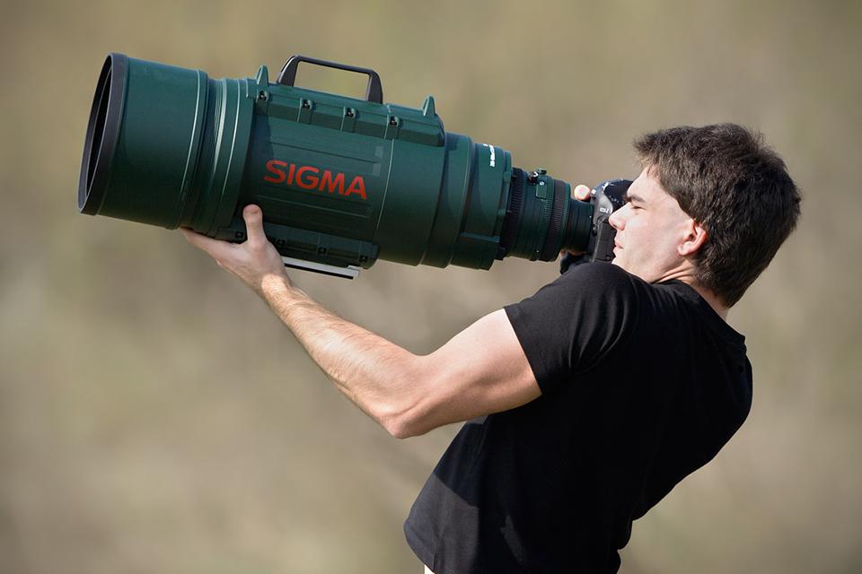 デカすぎる望遠レンズ