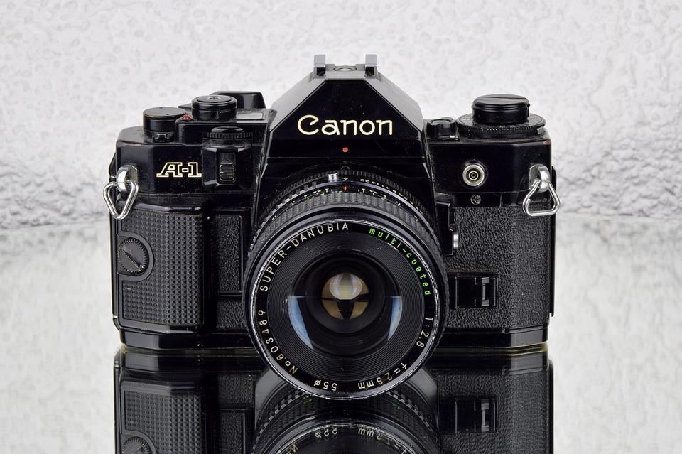 キヤノン一眼レフカメラ